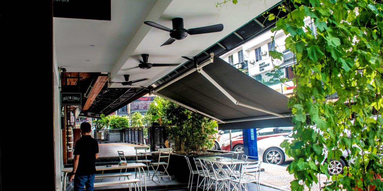 Assignment 4 (II): Cafe Photography at Jalan Telawi, Bangsar
